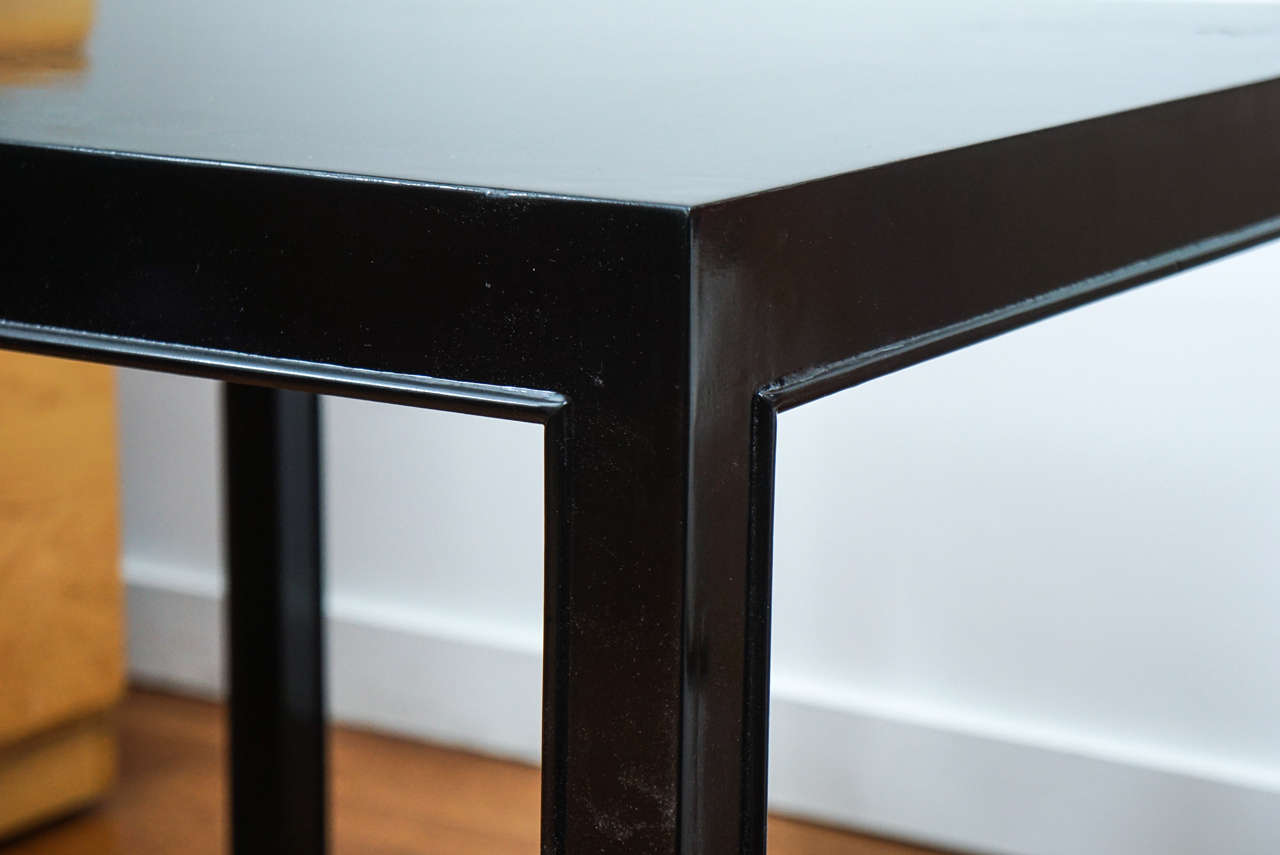 Dunbar Occasional Table In Good Condition For Sale In Hudson, NY