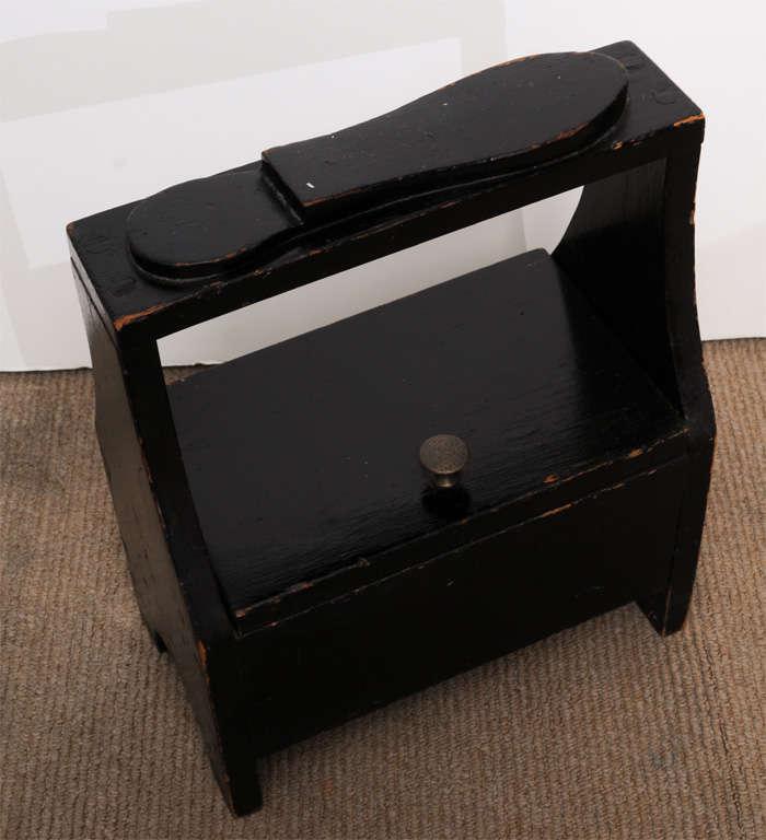 Antique black shoe-shine box 5