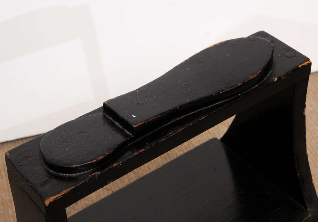Antique black shoe-shine box 6