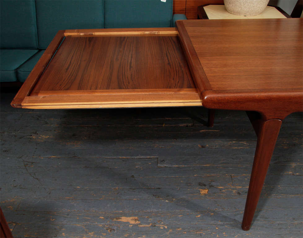 Danish Expandable Dining Table by Johannes Andersen For Sale 1
