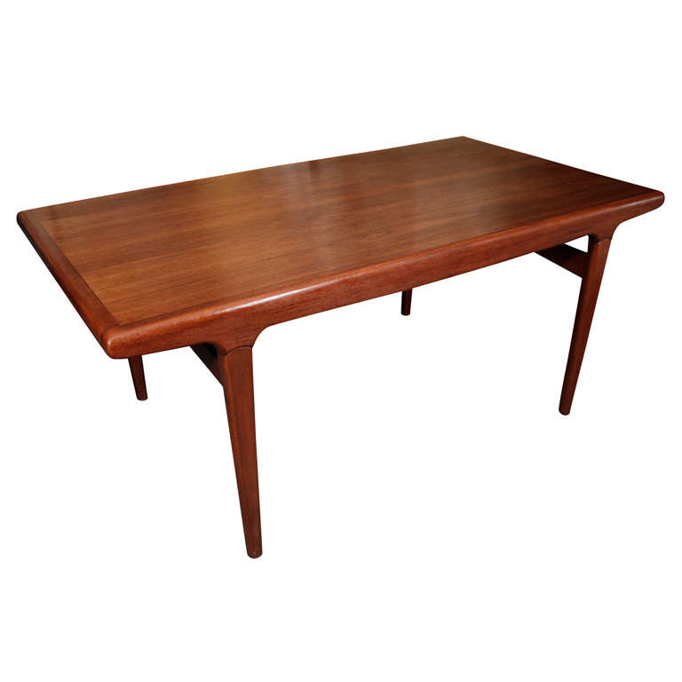 Danish Expandable Dining Table by Johannes Andersen For Sale