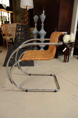 Pair Mies van der Rohe MR Chairs thumbnail 5
