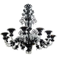 Monumental Venetian Black and Clear Glass 12-Arm Chandelier, Murano