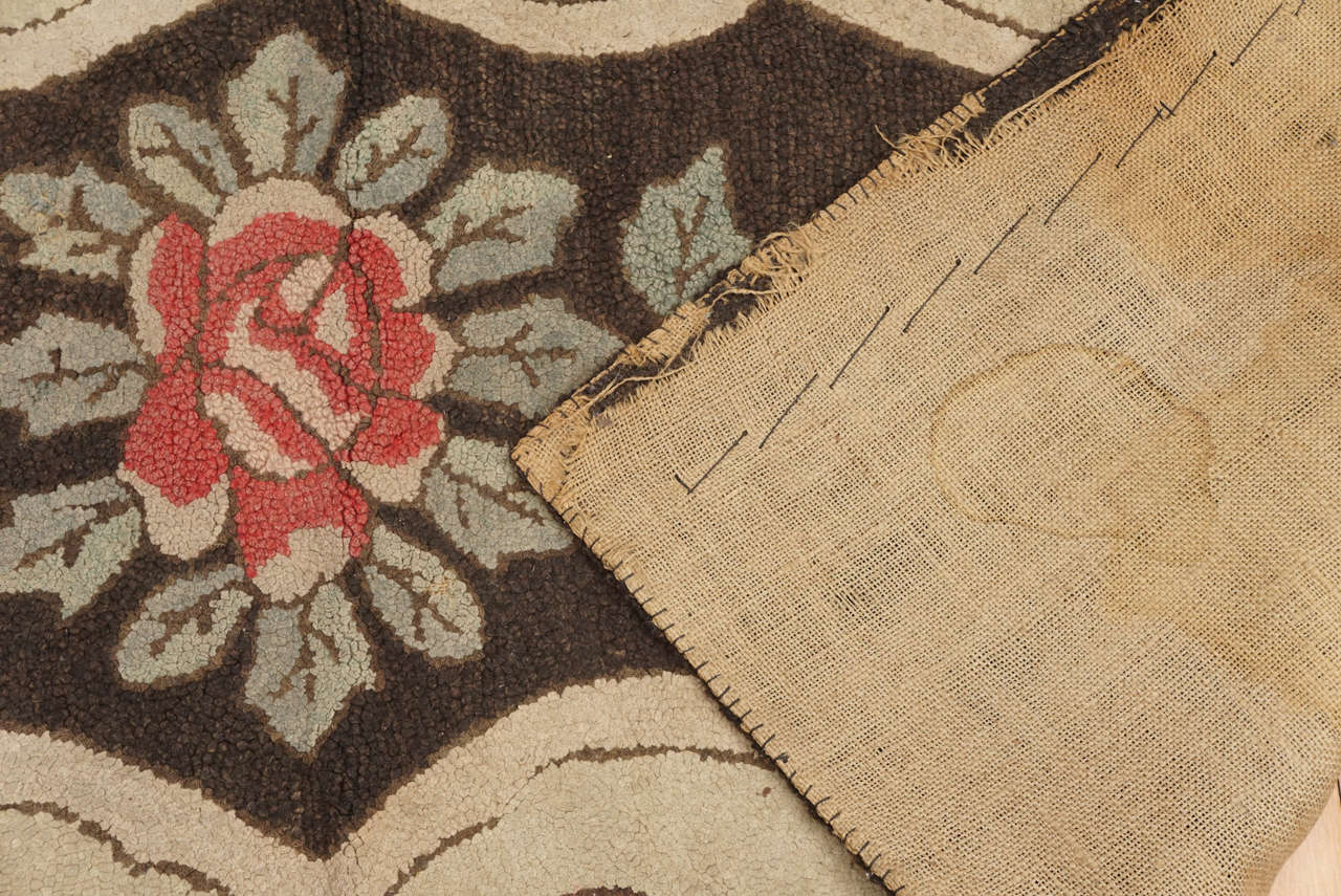 Mid-19th Century American Hooked Rug with Floral Decoration For Sale