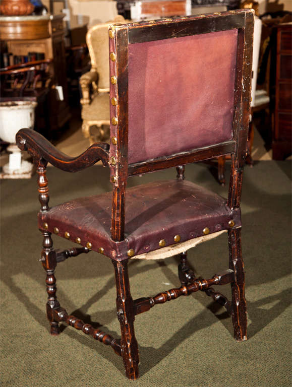 17th Century Walnut Armchair For Sale 4