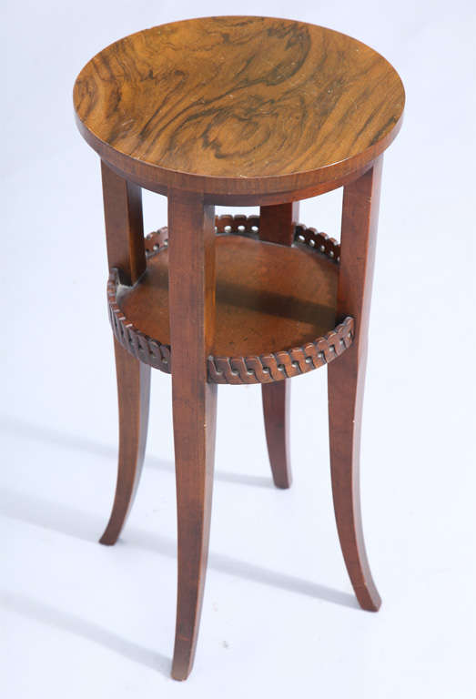 Round Vintage Baker Accent Table At 1stdibs