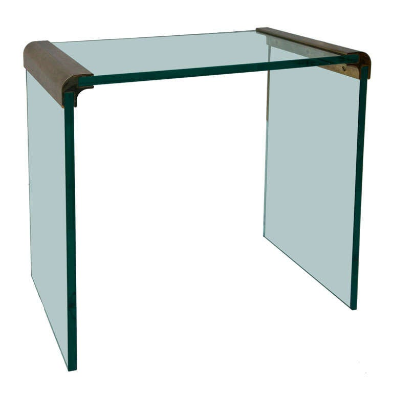 Displaying 20 gallery images for glass vanity table