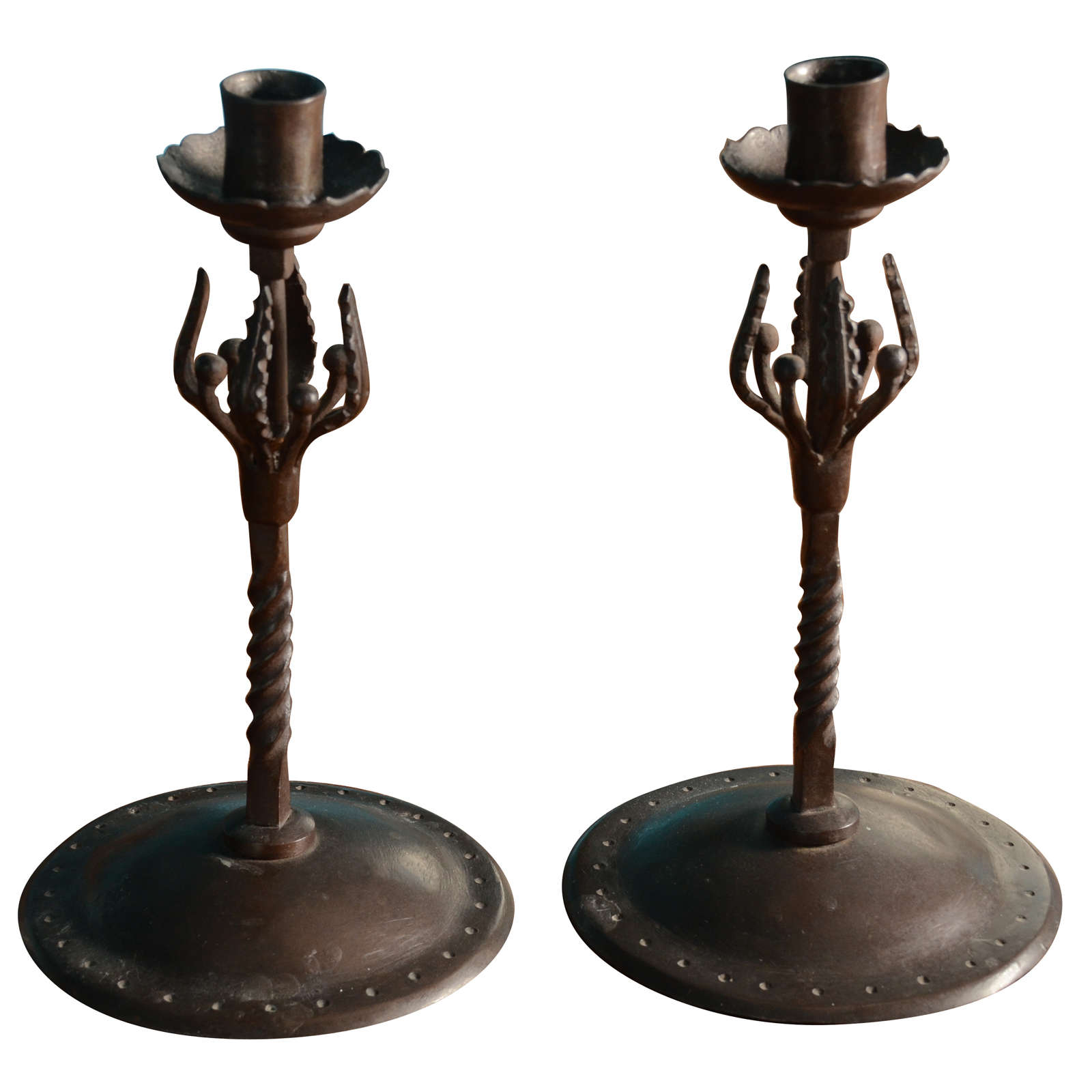 English arts and crafts metal candlesticks design edward for Metal arts and crafts