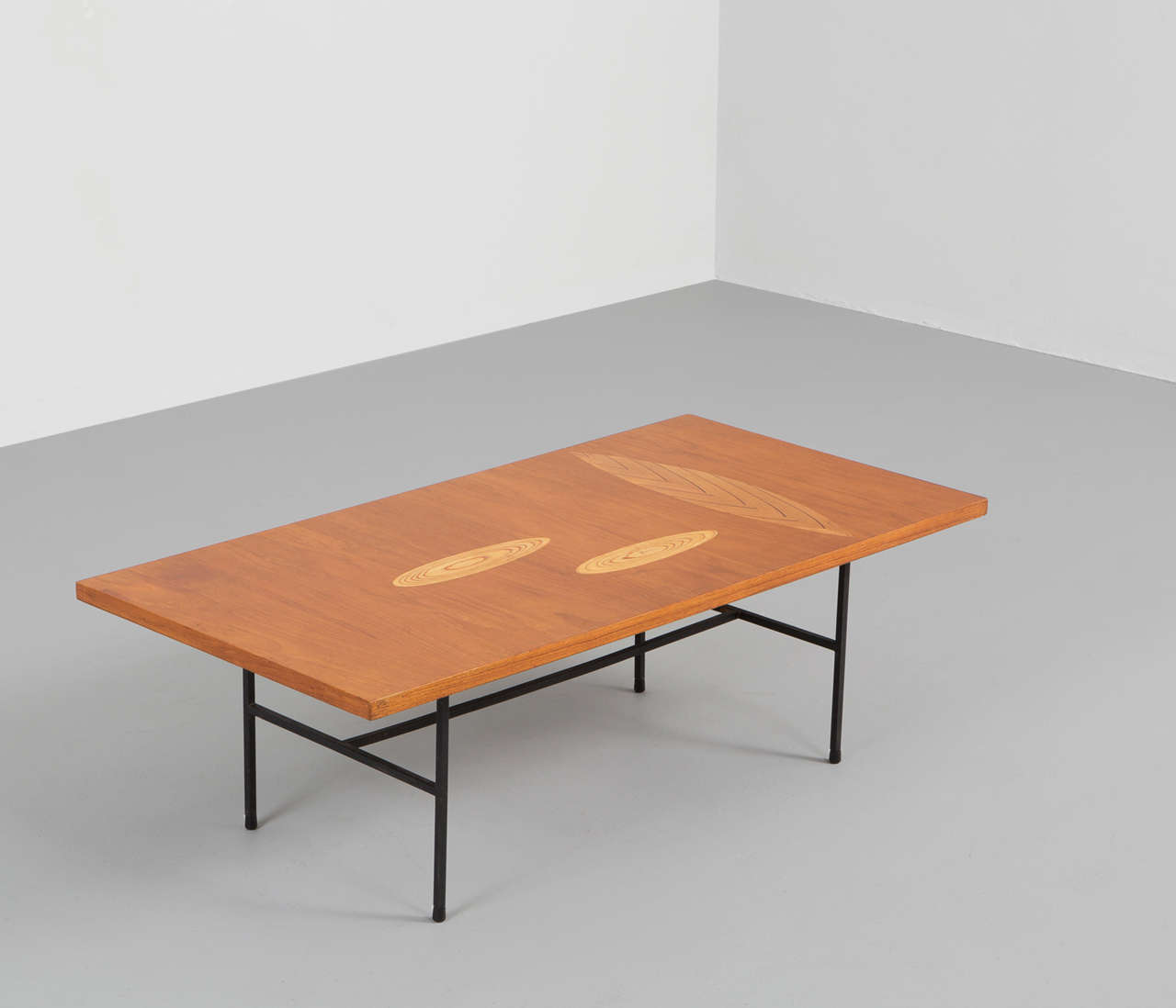 Tapio Wirkkala Coffee Table With Remarkable Leaf Ornaments