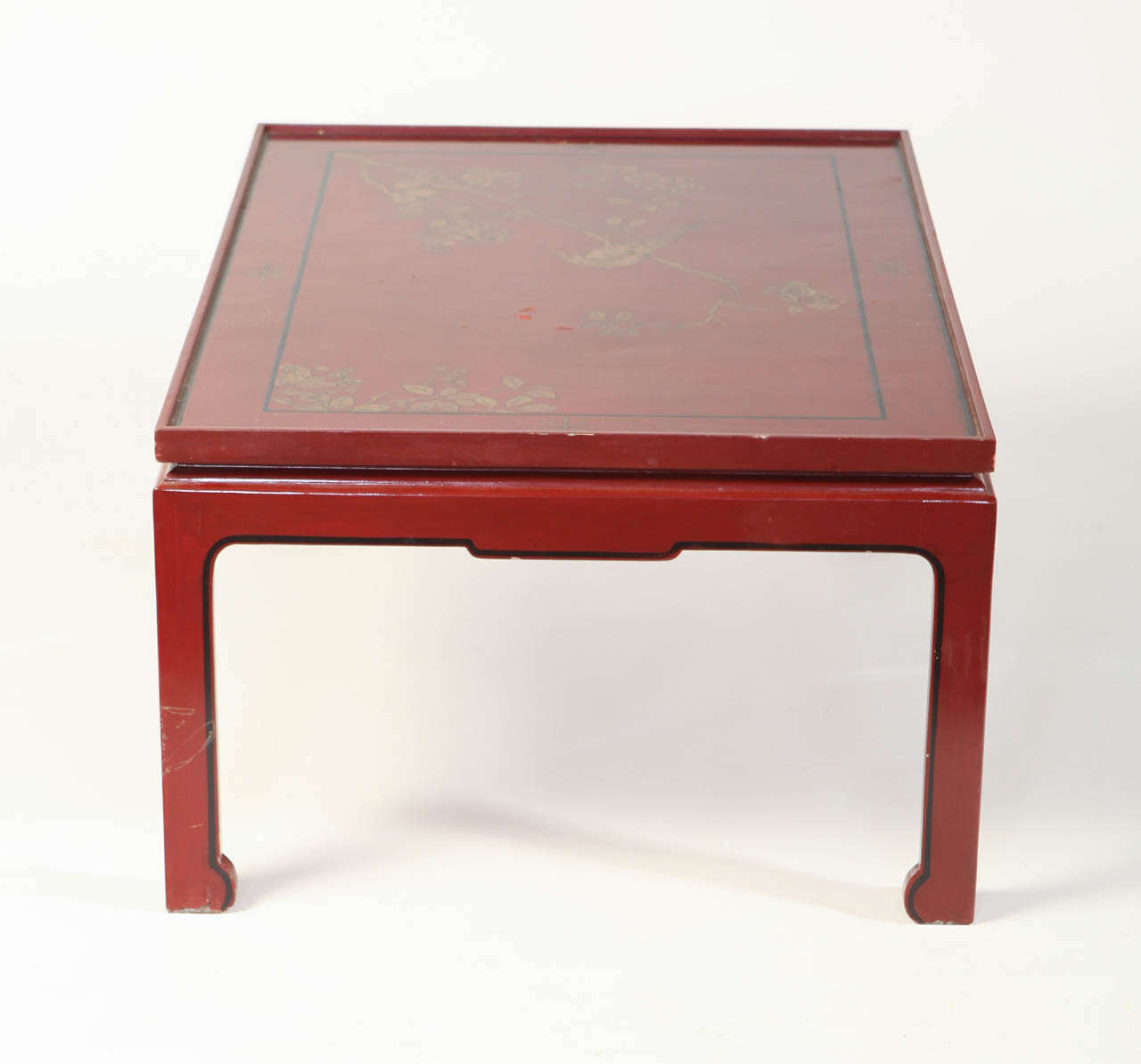 Square Red Lacquered Coffee Table For Sale 1