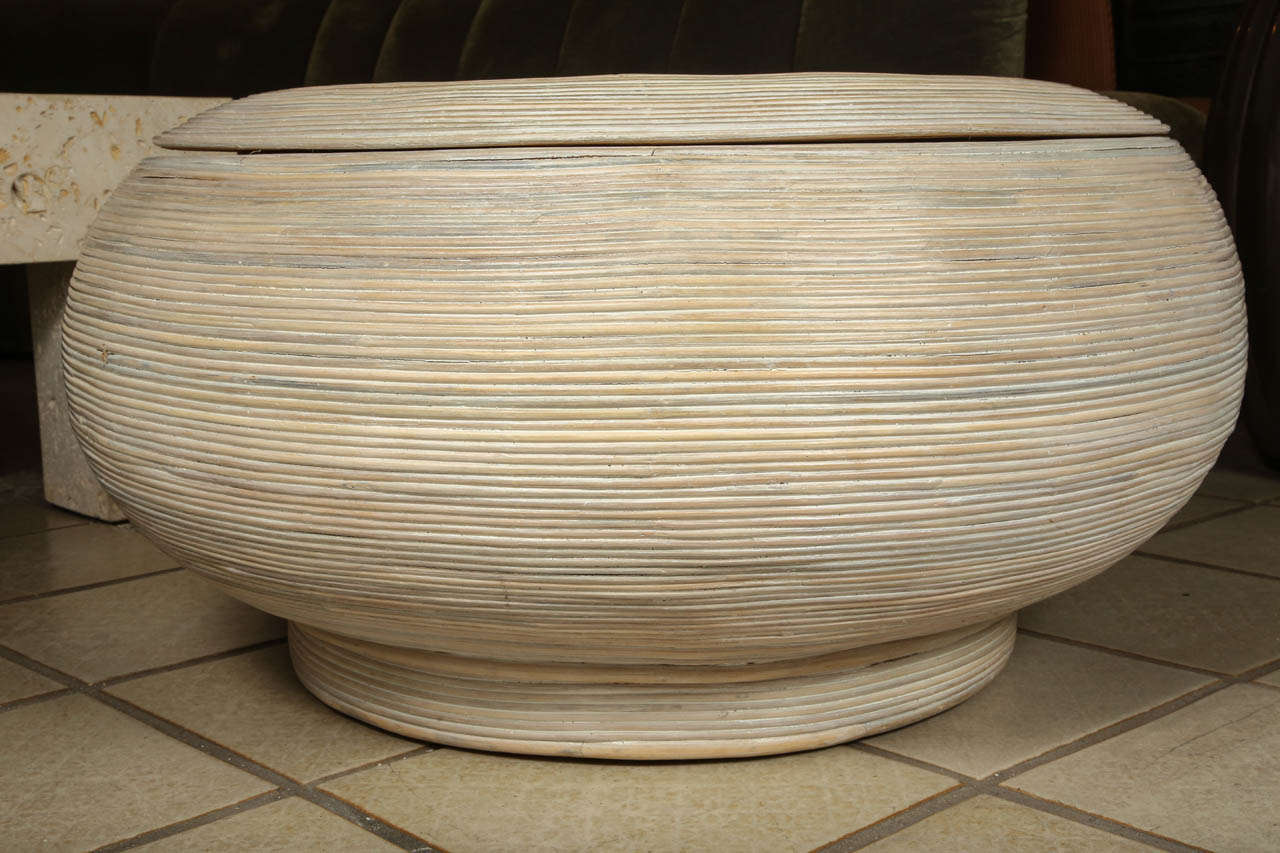 Rancho Monterey Bowl Shaped Coffee Table Spiral Wred In Wicker For