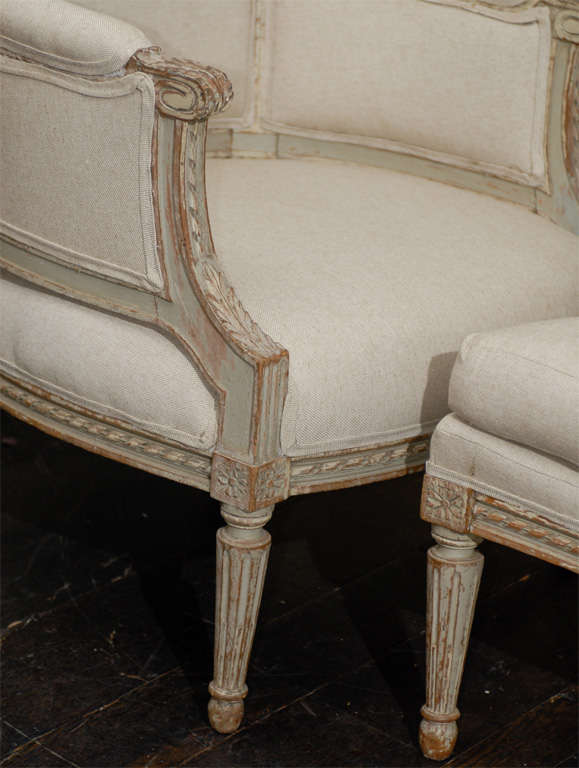 French 19th Century Louis XVI Style Bergère à Oreilles with Tabouret For Sale 4