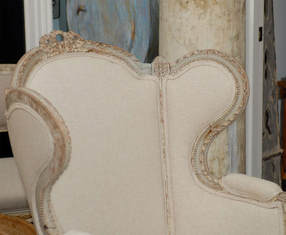 French 19th Century Louis XVI Style Bergère à Oreilles with Tabouret For Sale 5