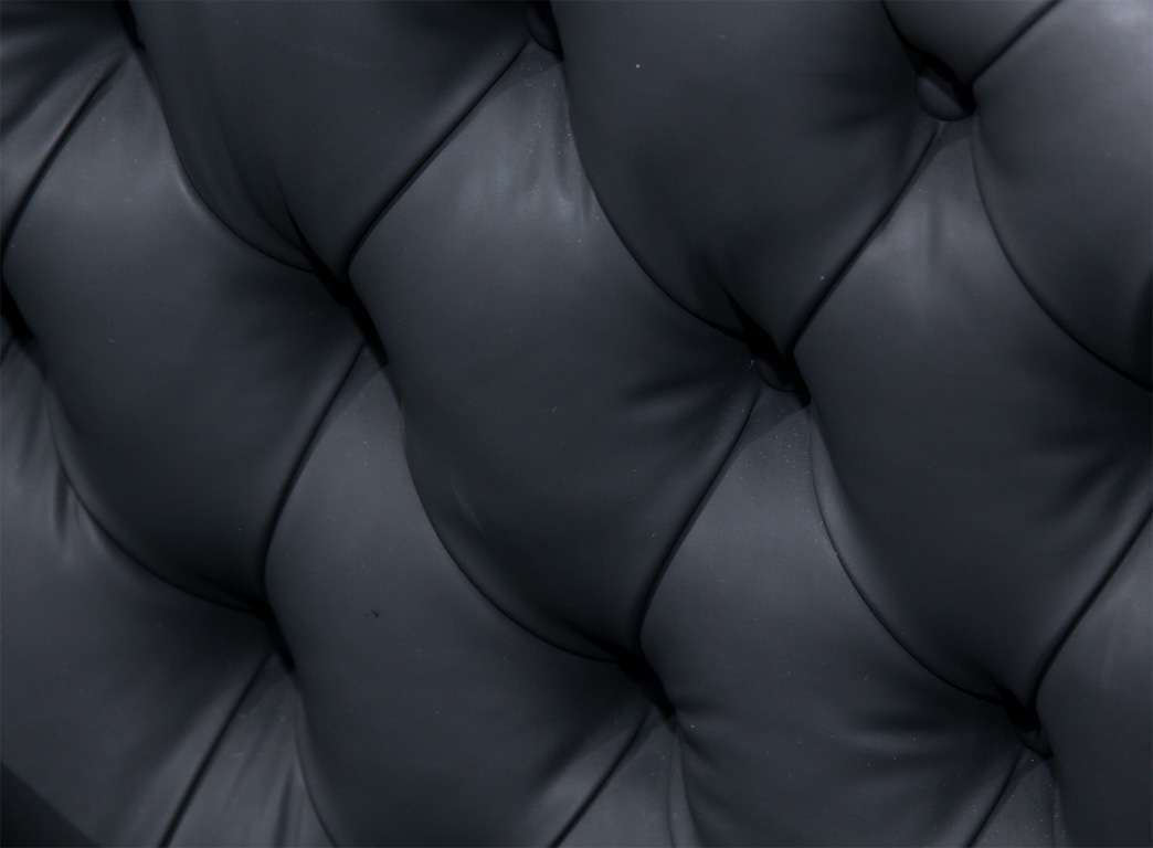 Carved Fancy Sofa in Rubber 7