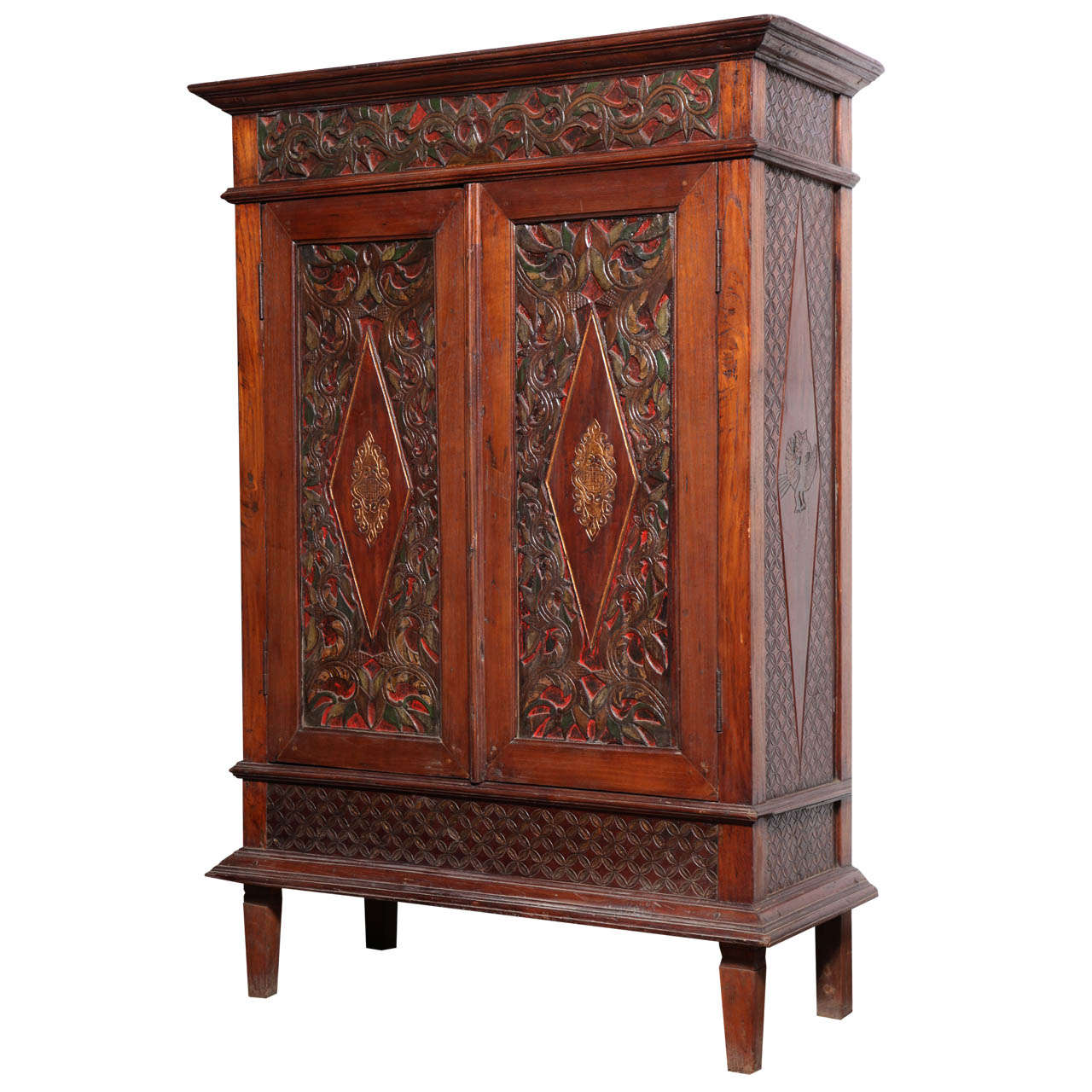 Ordinaire Antique Javanese Teakwood Cabinet With Detailed Carvings, Early 20th  Century For Sale