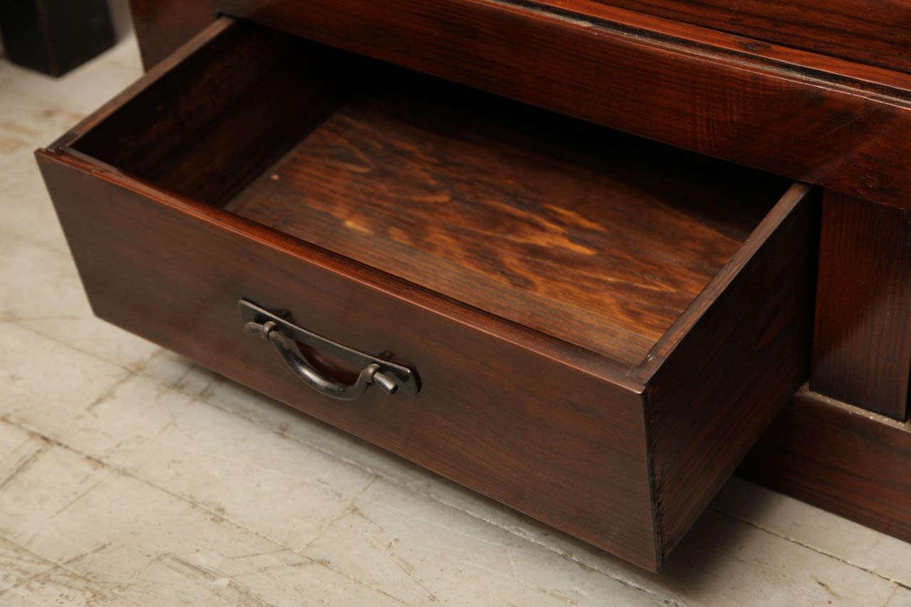 Japanese Style Elmwood Mizuya Dansu Buffet with Sliding Doors and Drawers For Sale 4