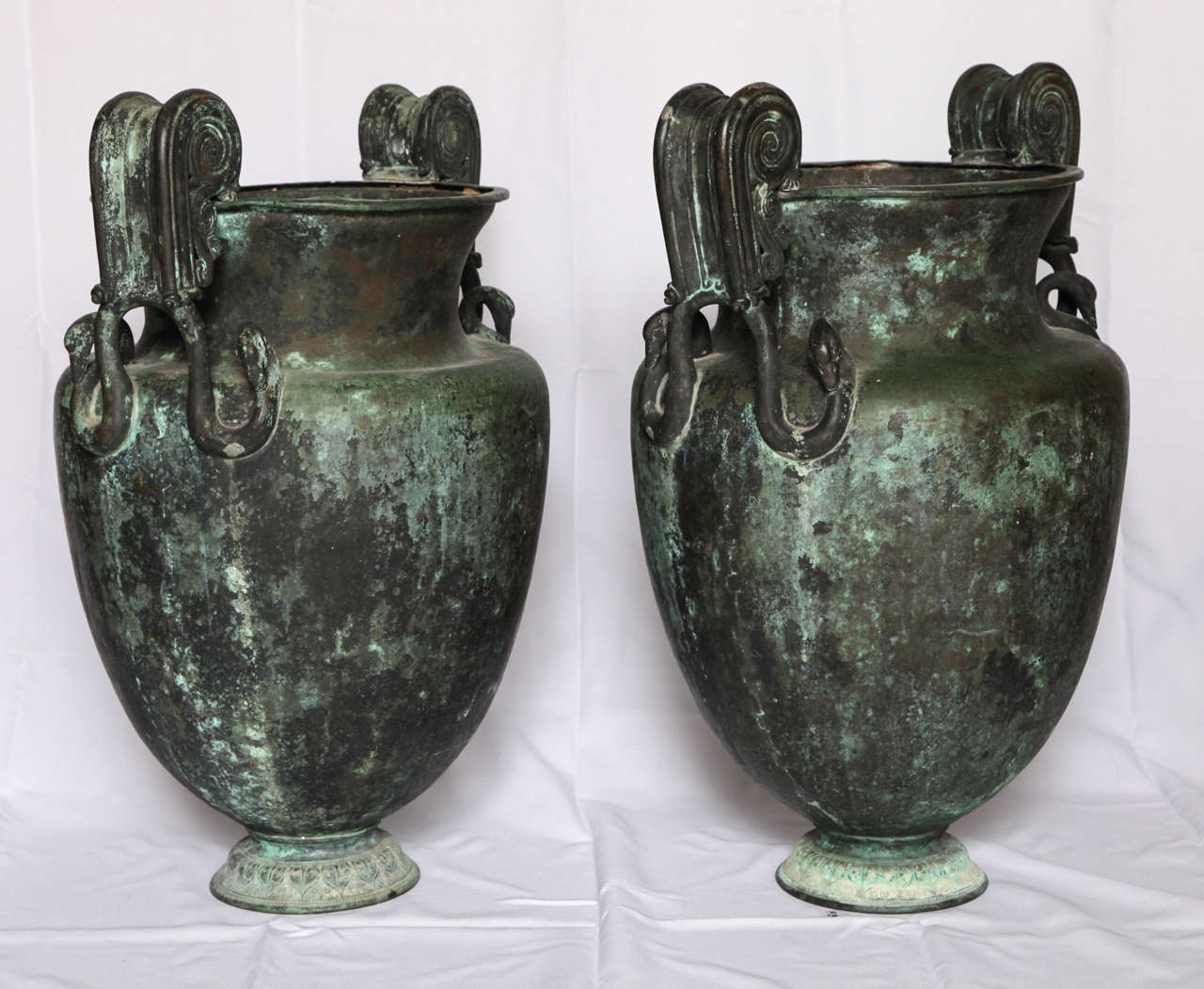 Grand Tour Pair of Large Neoclassical Urns For Sale