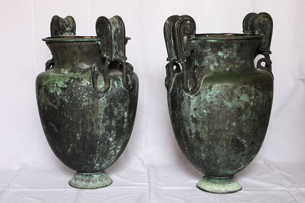 Pair of Large Neoclassical Urns For Sale 1