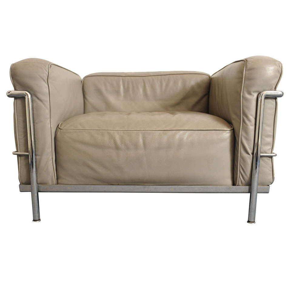 Merveilleux Set Of 2 Club Or Loungechairs LC3 By Le Corbusier For Cassina For Sale