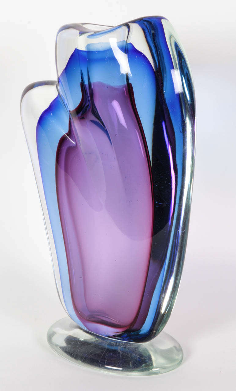 Mid-Century Modern Large Blue and Violet Sommerso Vase by Seguso For Sale