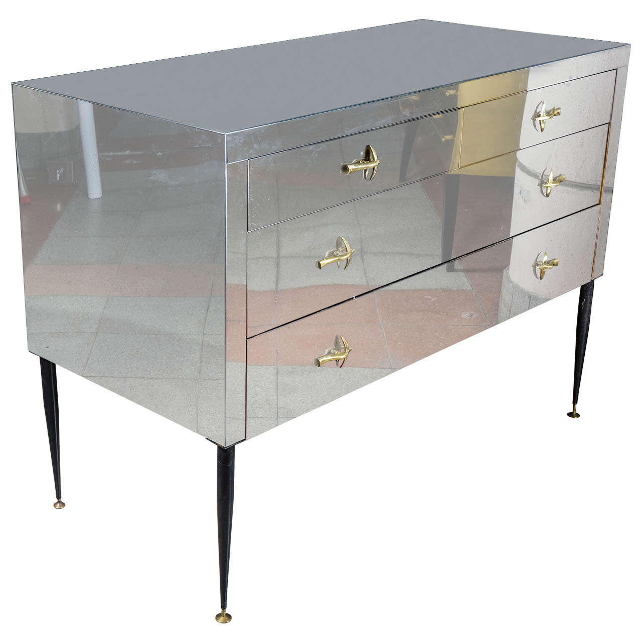 Commode in metal inox for sale at 1stdibs for Furniture 99 invisible