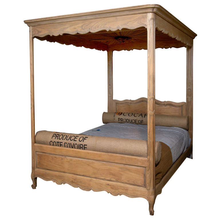 Full sized canopy bed for sale at 1stdibs for Full size beds for sale