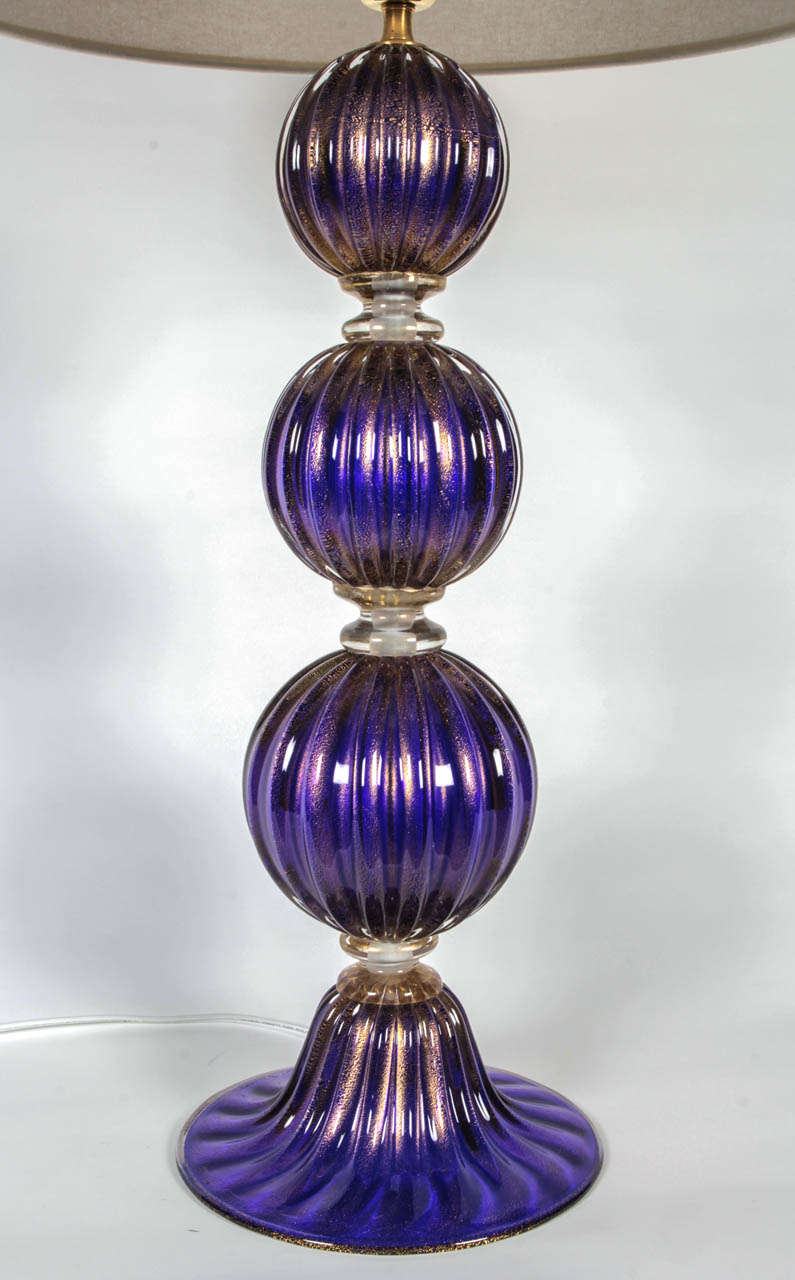 20th Century Unique Pair of Italian Purple with 23-Karat Gold Murano Glass Lamps For Sale