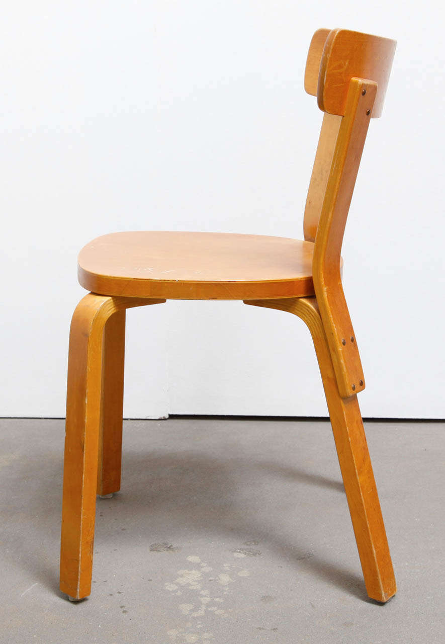 Set of 6 side chairs by alvar aalto at 1stdibs for Alvar aalto chaise