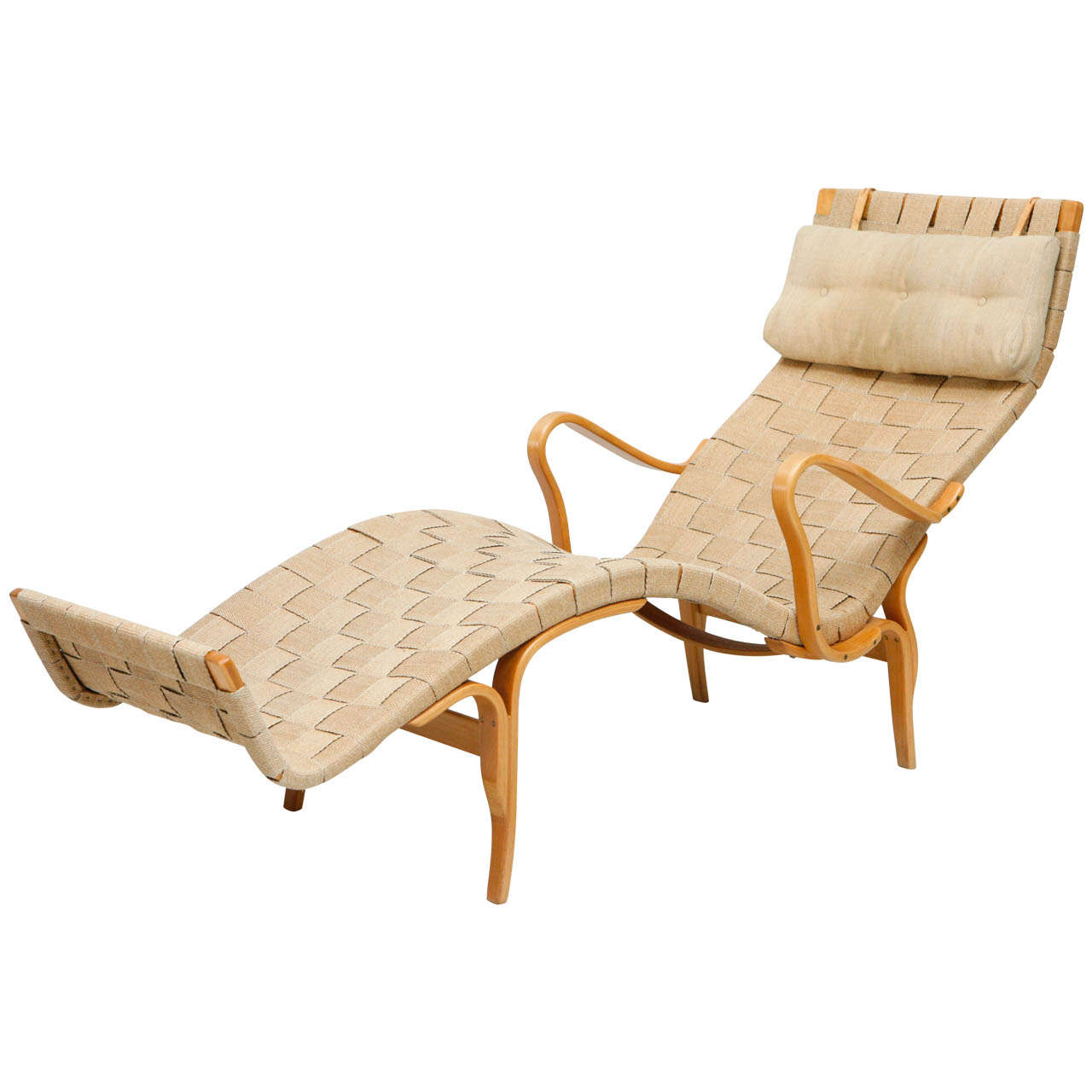 Bruno mathsson pernilla chaise longue for sale at 1stdibs for Chaise for sale