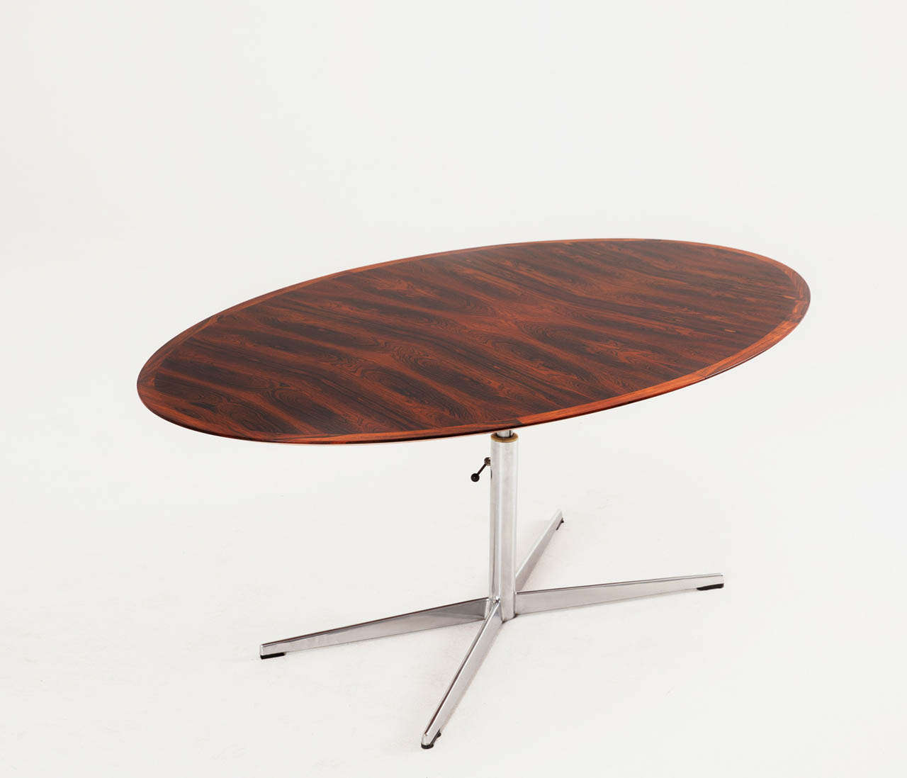 Oval Mahogany Table With Height Adjustable Pedestal Base 2