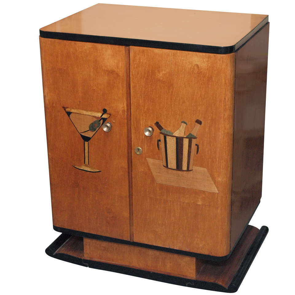 art deco bar cabinet c 1930 at 1stdibs. Black Bedroom Furniture Sets. Home Design Ideas