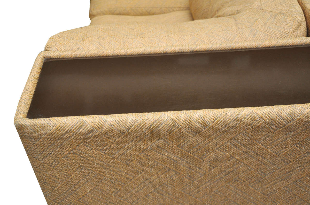 Four-Piece Milo Baughman Sectional Sofa in Original Upholstery In Excellent Condition For Sale In Chicago, IL