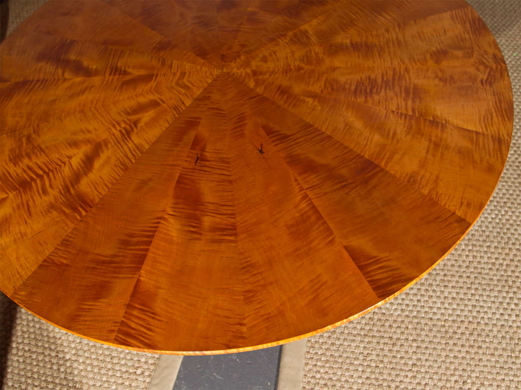 Round Tiger Maple Table At 1stdibs