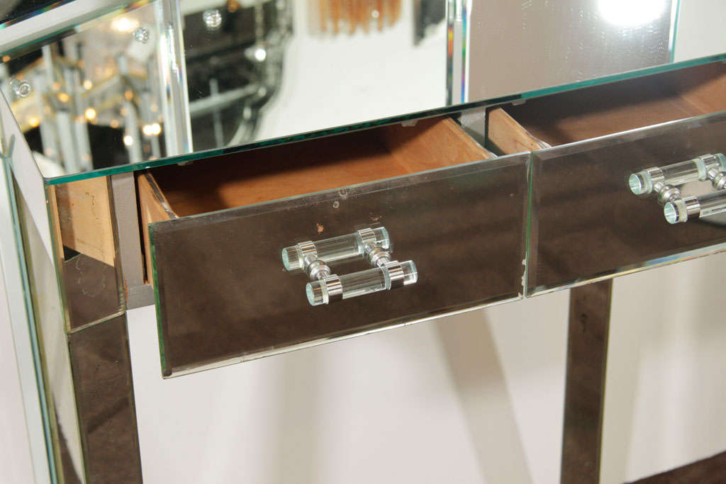 1940 S Hollywood Mirrored Vanity With Trifold Dressing