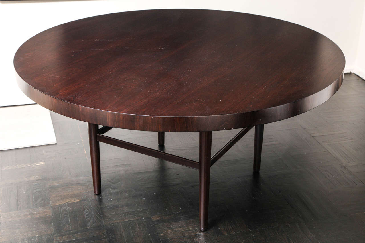 Modernist Mahogany Round Dining Table For Sale at 1stdibs : IMG9903 from www.1stdibs.com size 1280 x 853 jpeg 73kB