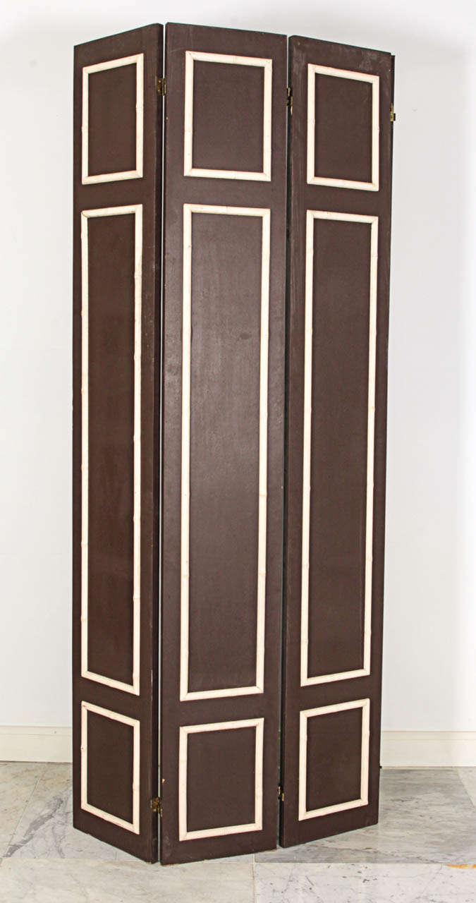 Pair of Hollywood Regency Painted Wood Screens with Faux Bamboo Trim 6