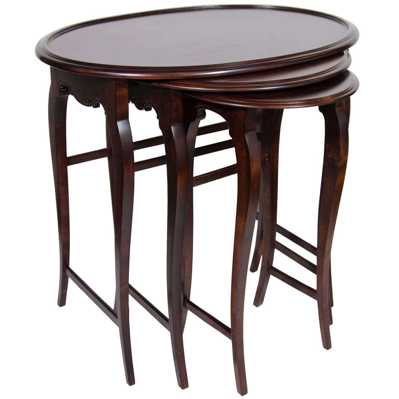 Elegant Set Of Three Austrian Satin Walnut Wood Nesting Tables 1