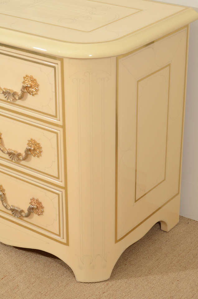 Three-Drawer Cream Lacquered Commode by Bagues 4