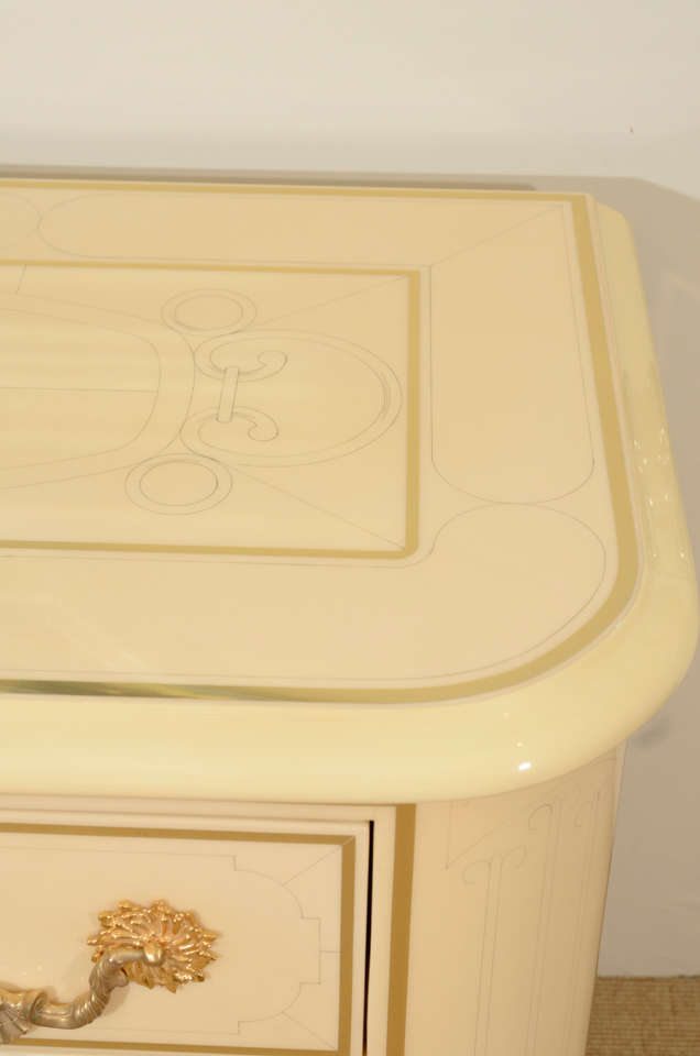 Three-Drawer Cream Lacquered Commode by Bagues 7