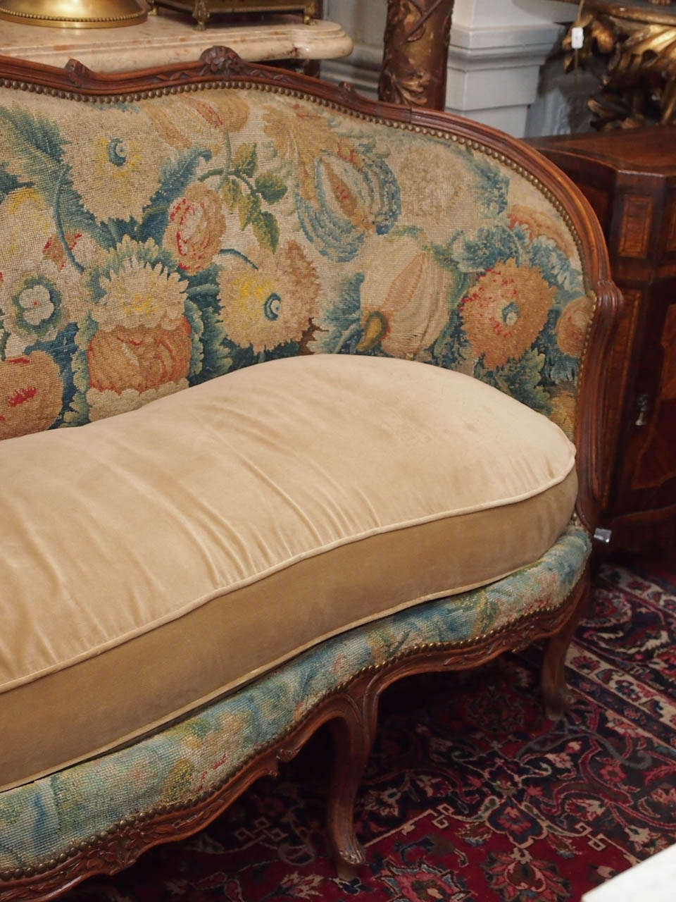French louis xv walnut canape for sale at 1stdibs for Louis xv canape sofa