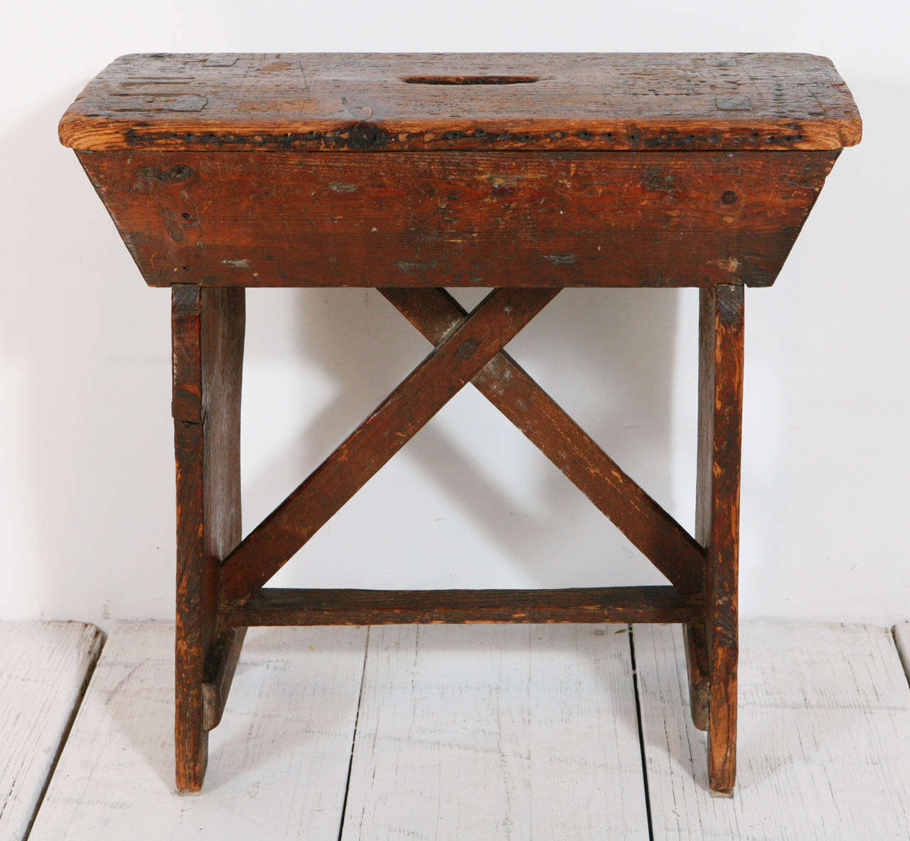 Brilliant Primitive Pine Stool Small Bench At 1Stdibs Bralicious Painted Fabric Chair Ideas Braliciousco