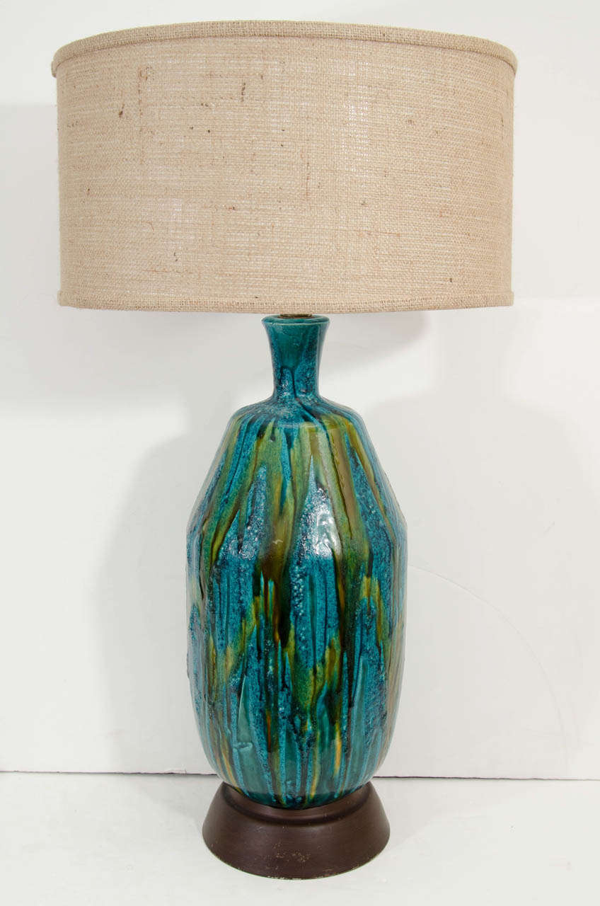 Blue ceramic table lamp - A Mid Century Ceramic Table Lamp In Green And Blue Glaze 2