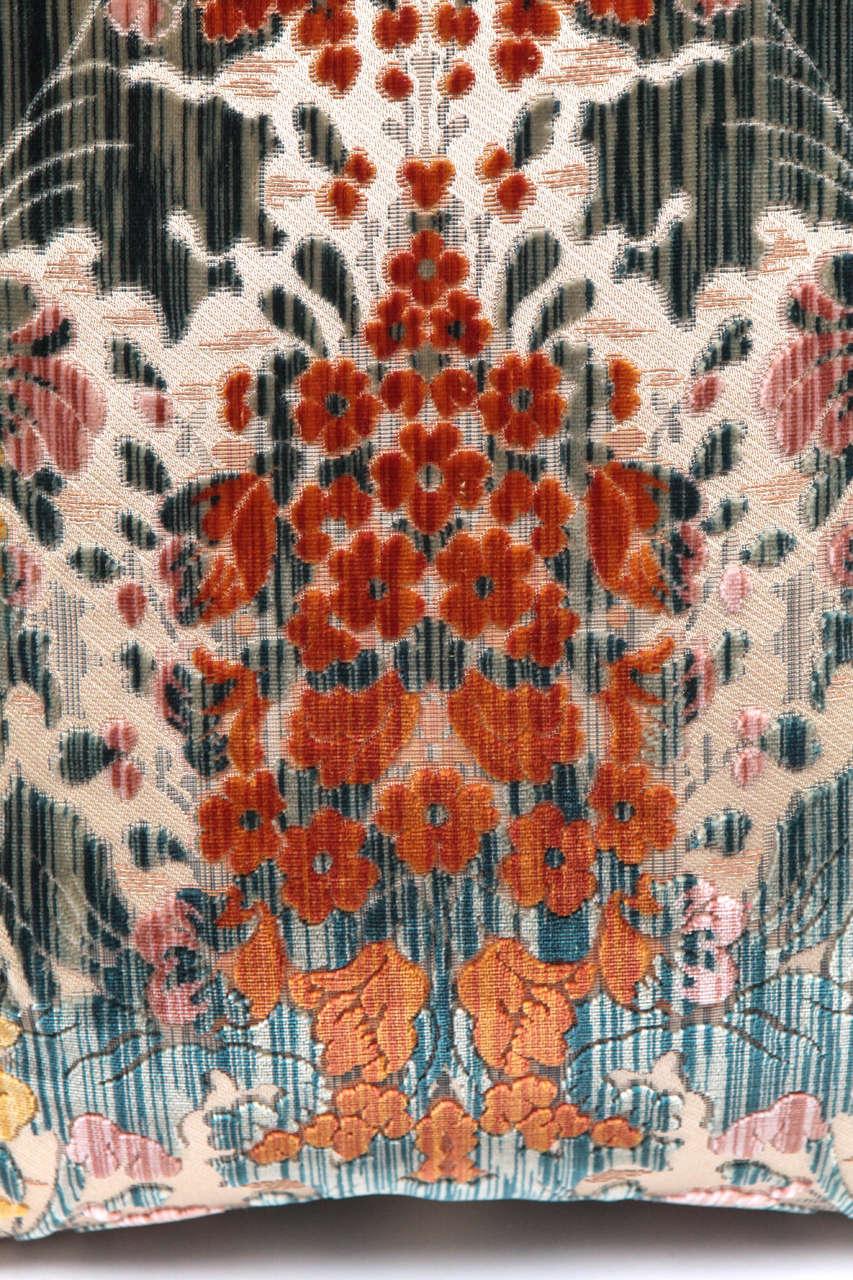 Pair of Luigi Bevilacqua Italian Silk Velvet Pillows In Excellent Condition For Sale In Los Angeles, CA
