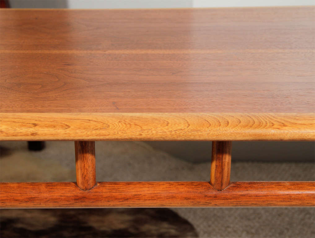 Mid-century Coffee Table By Lane image 4
