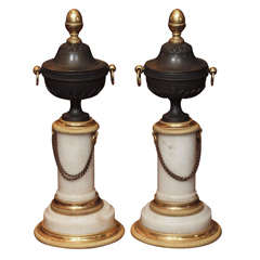 PAIR OF LOUIS XVI MARBLE AND BRONZE GRANITURE