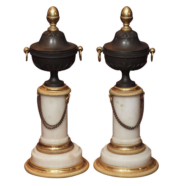 PAIR OF LOUIS XVI MARBLE AND BRONZE GRANITURE For Sale