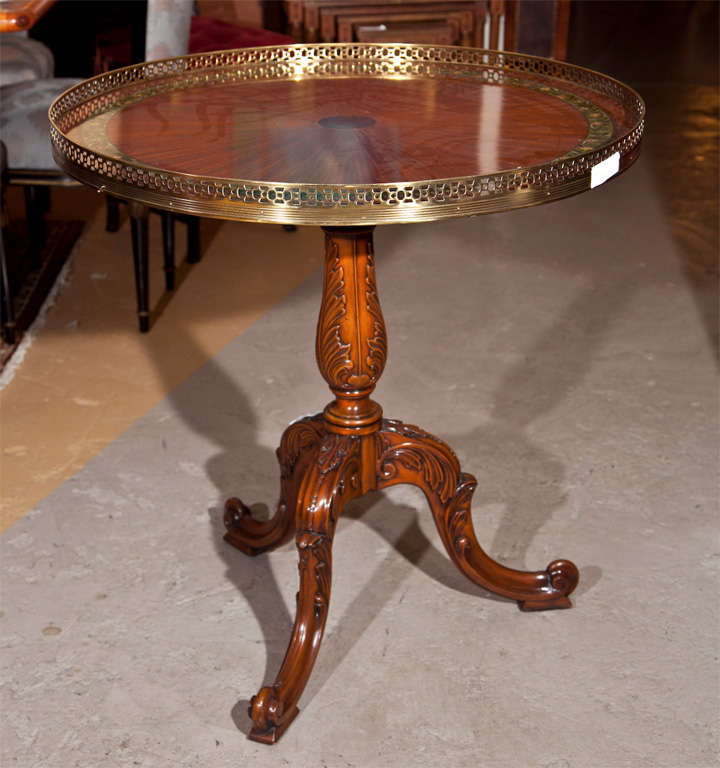 English georgian style tea table at 1stdibs for Table no border