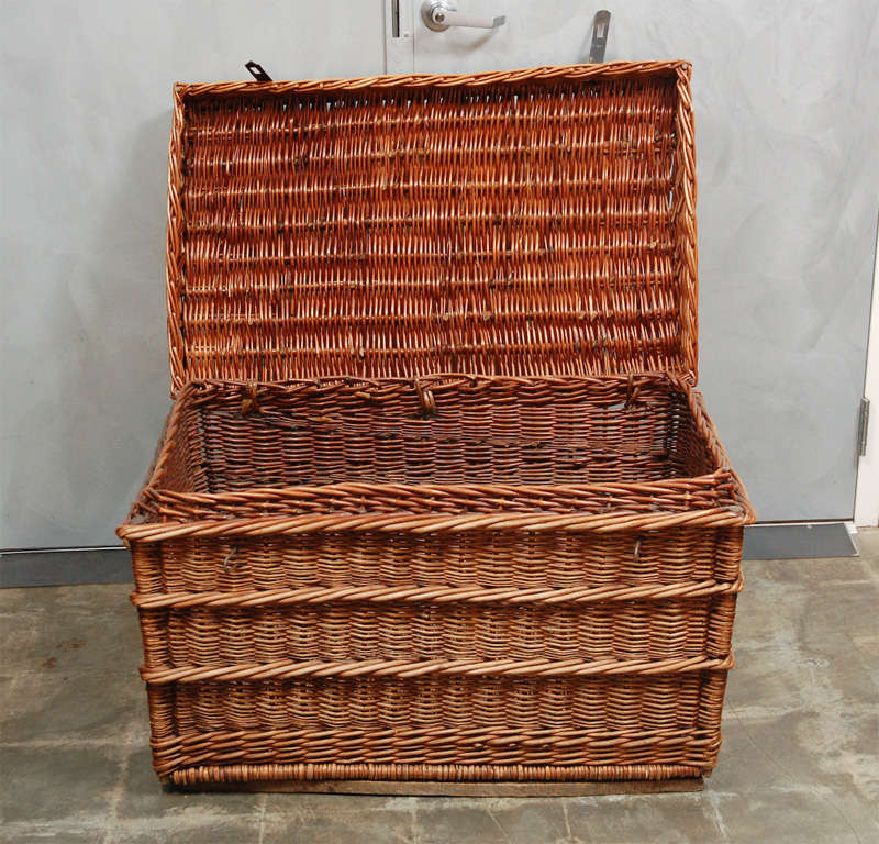 Auto Antique Wicker Trunks : Vintage wicker trunk with lid at stdibs