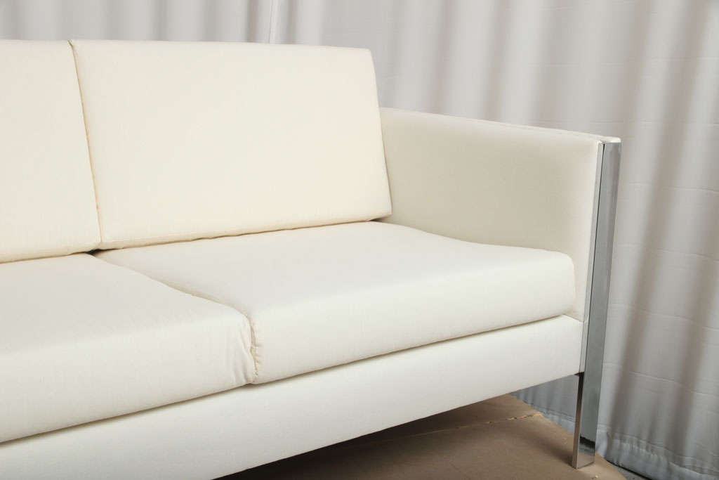 Metal Sofa, Muslin Upholstery in Milo Baughman Style For Sale