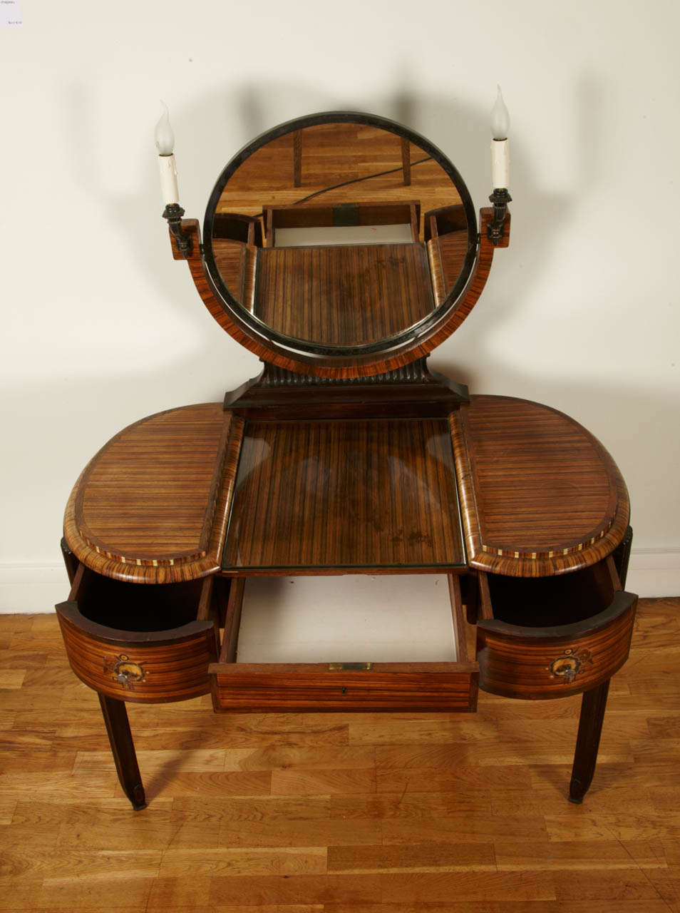 Art Deco Dressing Table with Stool by Krieger, circa 1925 In Good Condition For Sale In Paris, FR